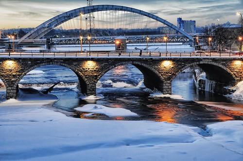 bridge winter usa snow newyork ice sunrise rochester geneseeriver courtstreetbridge