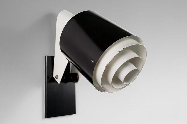 French Wall Lamp by Jackfluor / Novalux / Seidenberg Frères. Probably designed by Jacques Seidenberg.