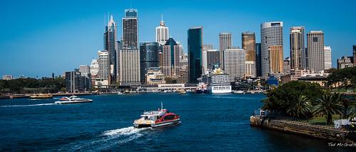 carnival water ferry fence buildings boats nikon wake sydney australia circularquay cruiseship cropped vignetting sydneyharbour sydneycove 2016 carnivallegend sydneyau tedmcgrath tedsphotos nikonfx nikond750