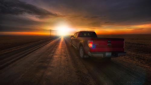 road canada truck sunrise photography dawn nikon f150 dirt saskatchewan gravel ianmcgregor ianmcgregorphotographycom