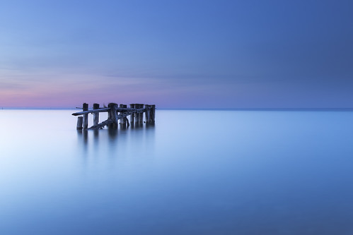 longexposure sky ontario canada night canon dock hamilton calm bluehour 6d lee06ndgrad 50point