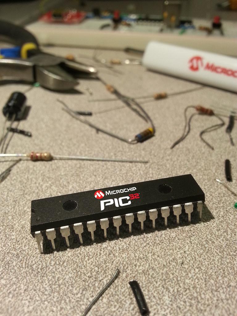 32-bit PIC32MX250F128B MCU With chipKIT™ USB Bootloader | Flickr