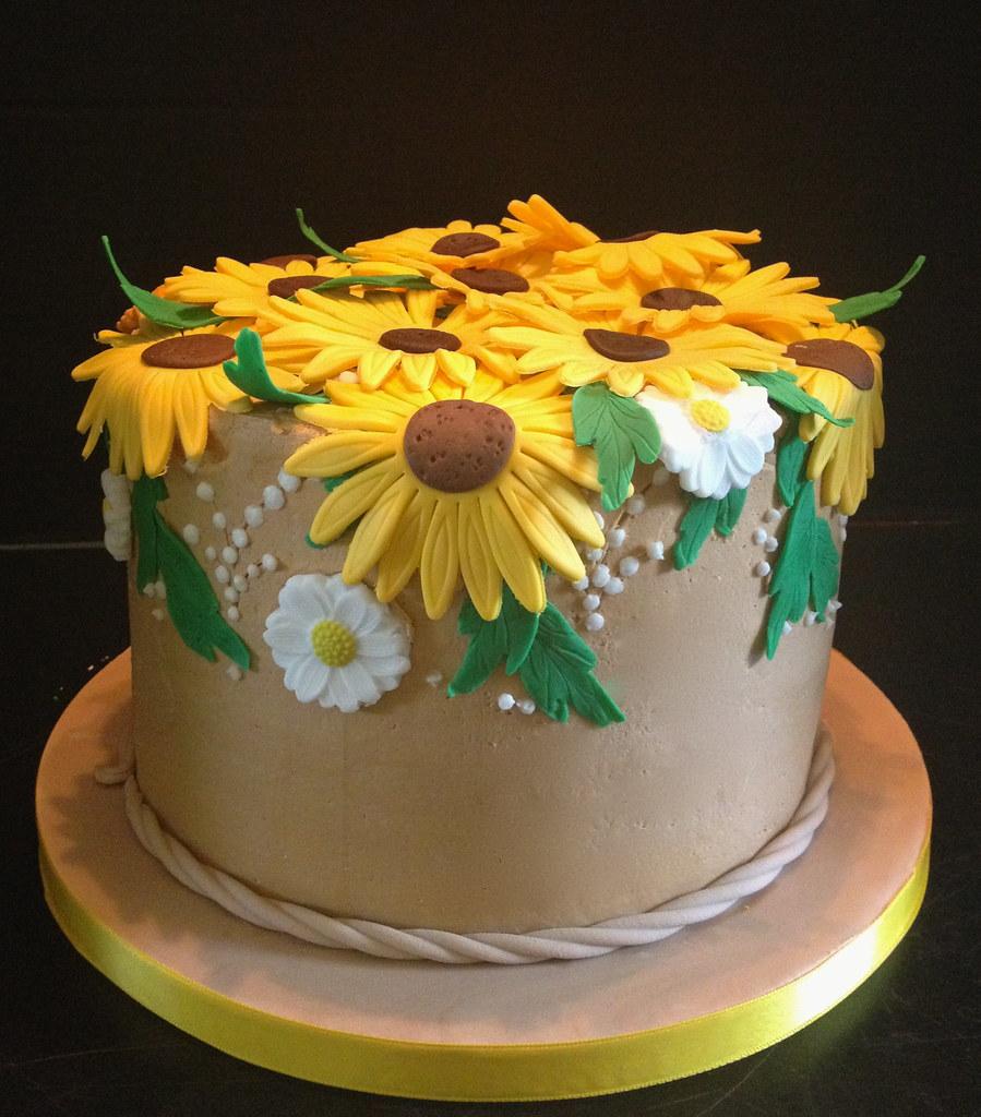 Brilliant Sunflower Birthday Cake Buttercream Iced With Fondant Sunf Flickr Funny Birthday Cards Online Elaedamsfinfo
