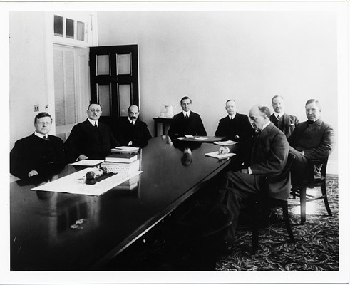 1914-Board#1 | #TBT First Fed governors, 1914  Watch Chairma
