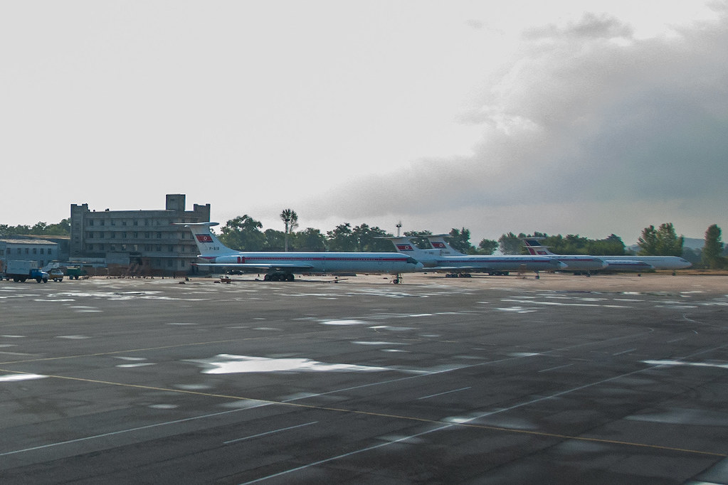 Air Koryo Fleet In Fnj Pyongyang Airport The Parking Are Flickr