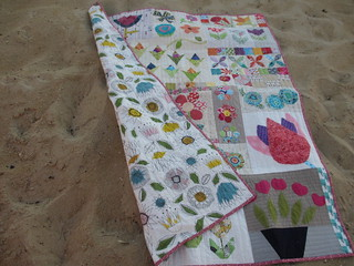 do. Good Stitches: a charity bee - Cherish circle - Flower quilt front/back