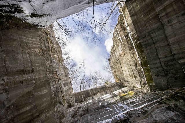 Freedlyville Ice Quarry - Dorset, VT - 2014, Mar - 08.jpg
