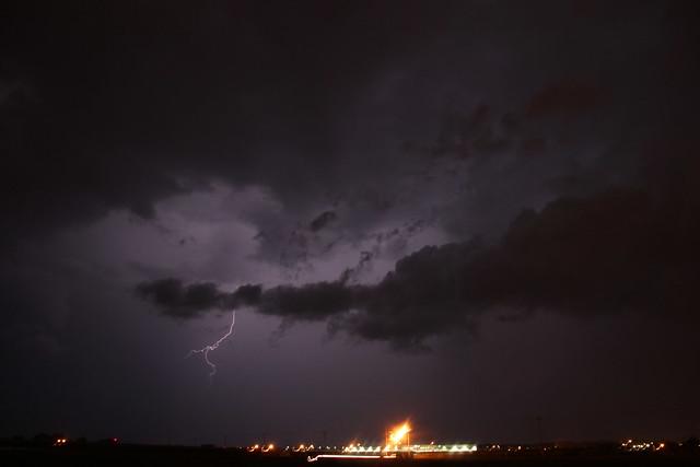 091013 - Mild Late Evening Nebraska Thunderstorms