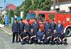 Gruppenbild der Ehrengäste aus Menzingen, sie hatten 2006 2 Löschfahrzeuge sowie Feuerwehrausrüstungen nach Billed überbracht, mit ihren Billeder Feuerwehrkameraden