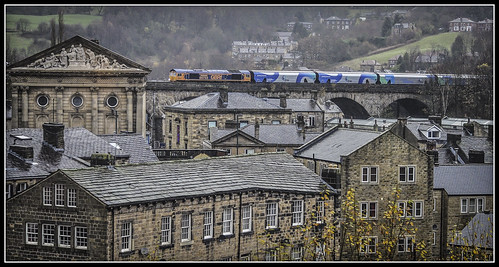 train railway viaduct freight todmorden generalmotors biomass class66 caldervalley gbrf 66753 4m51