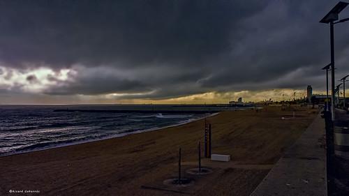 agua mar olas arena playa tormenta nubes lluvia tempestad olympus ricgaba water ricardgabarrus