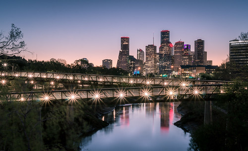houston skyline montrose sunrise buffalobayou rosemontbridge texas
