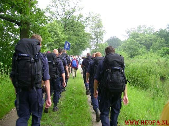 2e dag  Amersfoort 42 km 23-06-2007 (26)