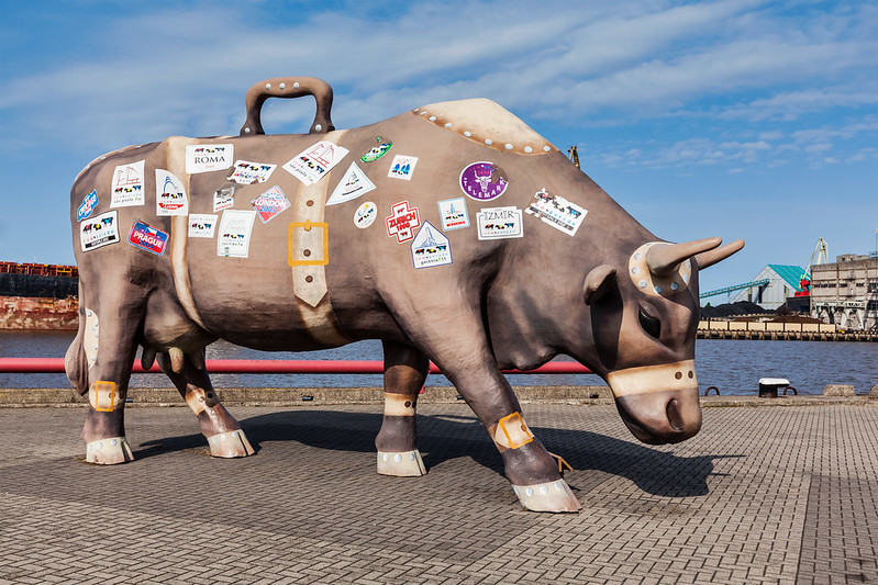 Travelling Cow's sculpture