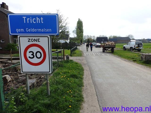 12-04-2014   22e Rodekruis  - Bloesemtocht    30 Km     (121)