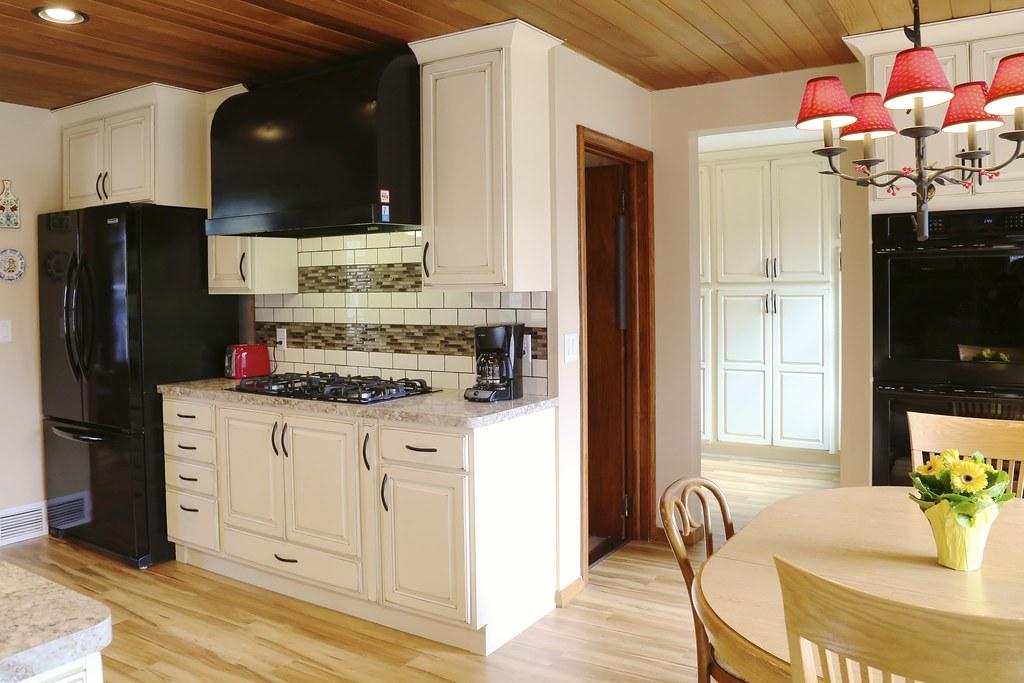 Larson Kitchen 05
