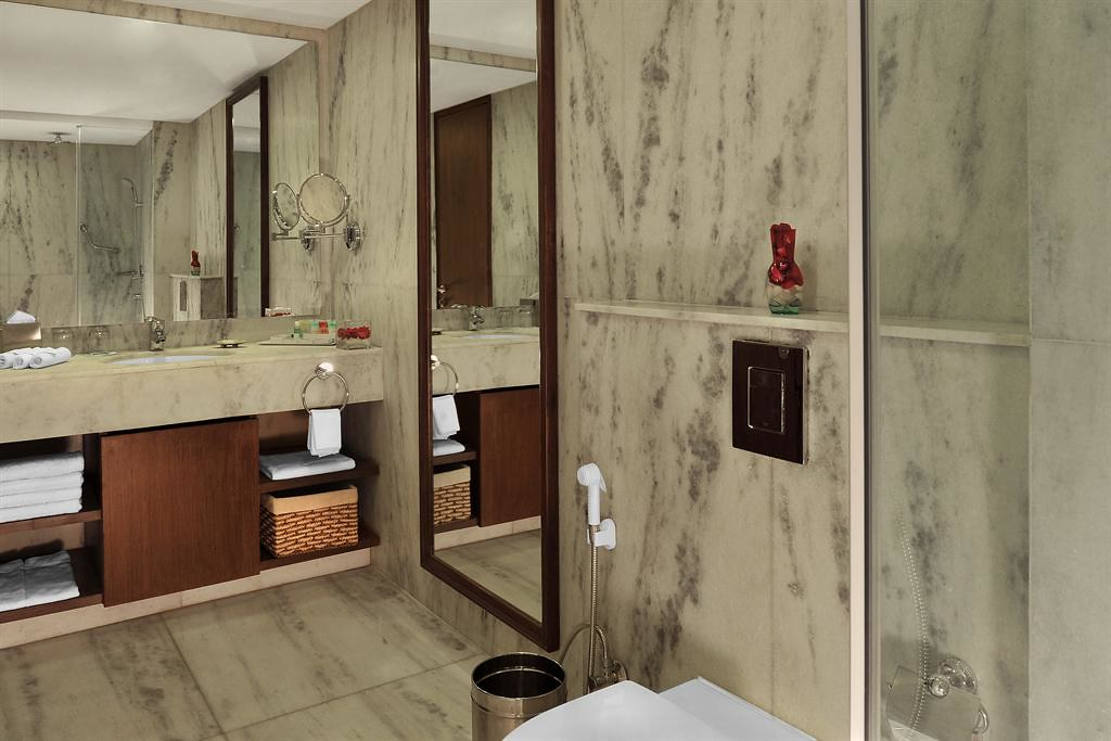 Four Points By Sheraton Pune Nagar Road Comfort Room Bath Flickr