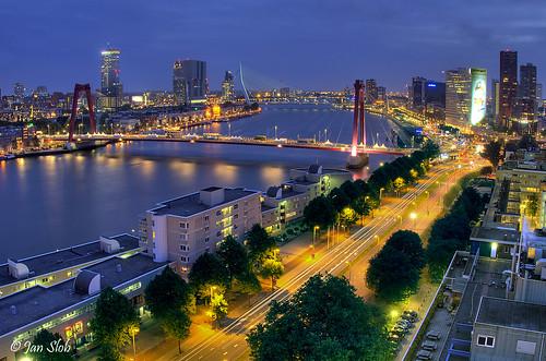 rotterdam city nightview nightshot bluehour blauweuurtje blauweuur willemsbrug erasmusbrug maas maasboulevard raw hdr 3exp holland ©allrightsreserved explore geotagged bridge