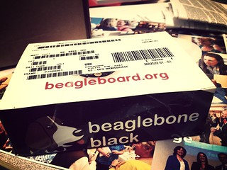 Beaglebone Black! Let's open the box shall we