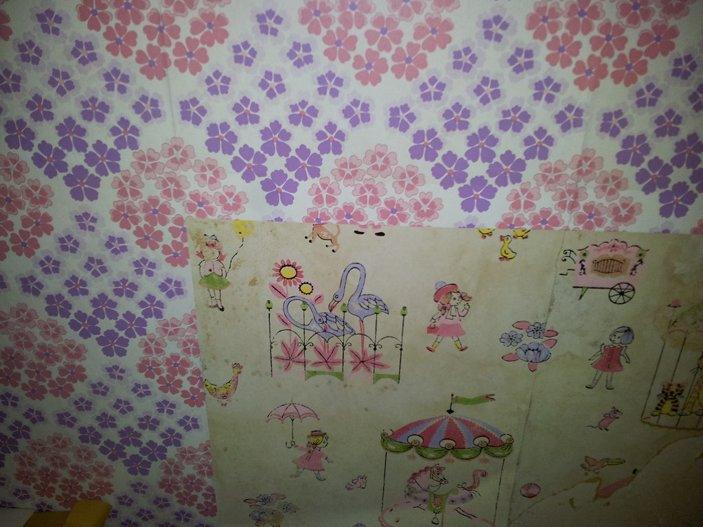 Creepy old wallpaper | by onecog2many Creepy old wallpaper | by onecog2many