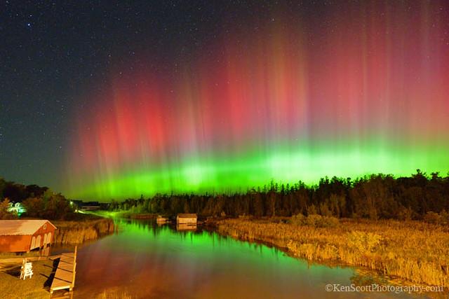 Aurora Borealis ... over 'the Narrows'
