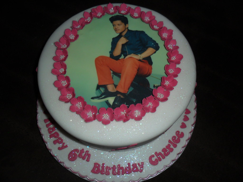 bruno mars birthday cake | elizabeth | Flickr