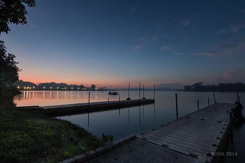 water sunrise boat singapore reservoir breakingdawn