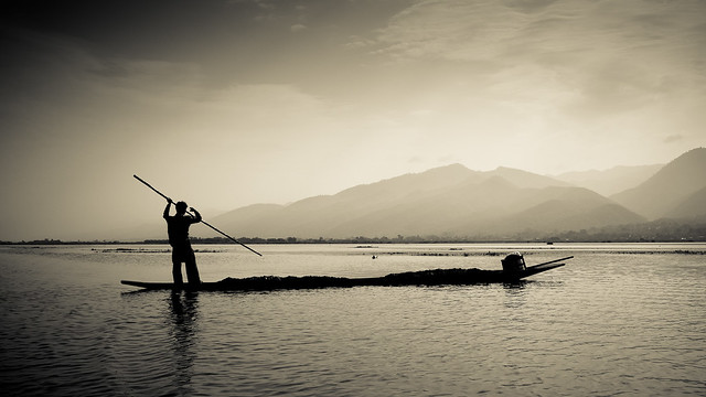 Picture of the Day #165 - Inle Fisherman