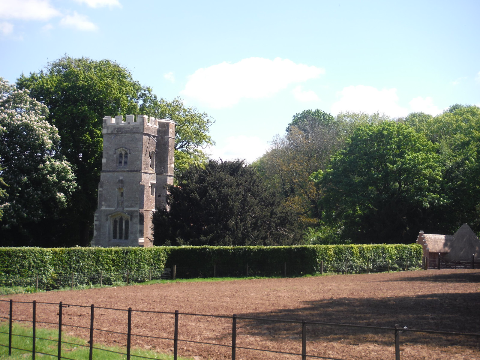Saint Michael Chapel, Rycote SWC Walk 190 - Thame Circular
