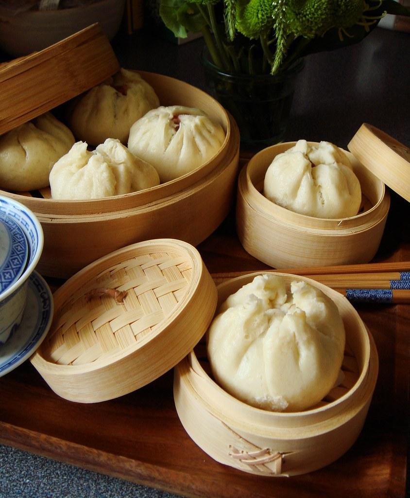 Steamed Char Siu Bao 叉燒包 (Cantonese Barbecue Pork Buns