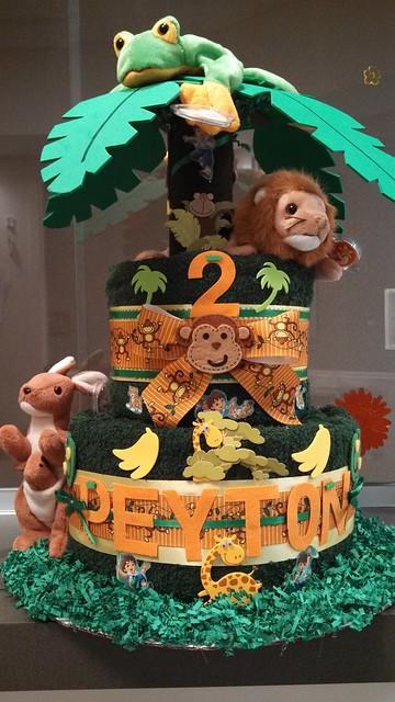 Jungle Themed (Birthday) Towel Cake Feat.