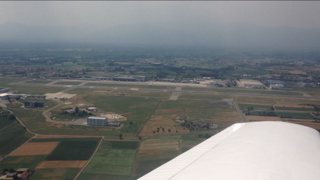 Turin Airport | Turin airport overview from the right ...