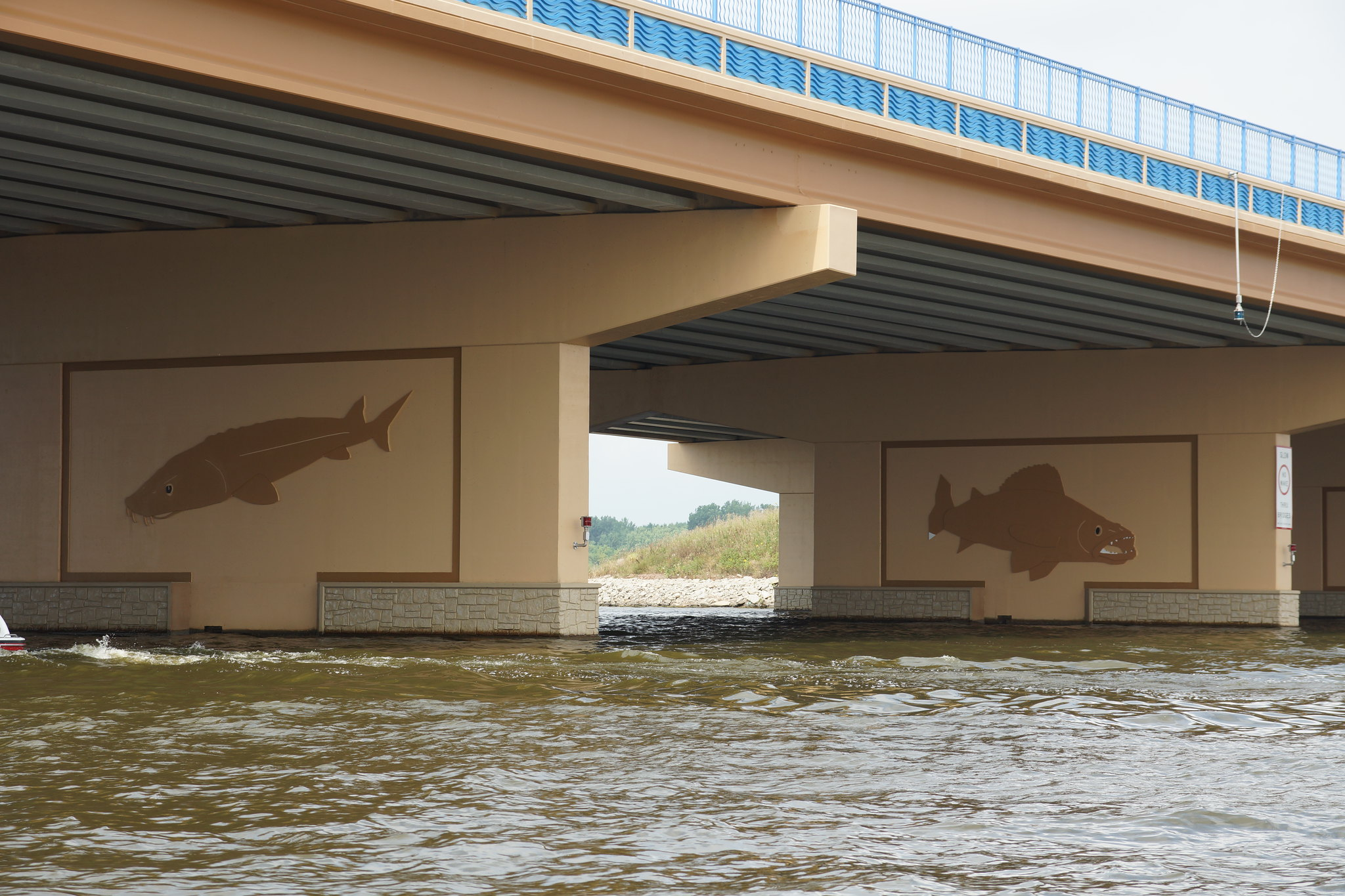 Hwy 41 bridge murals