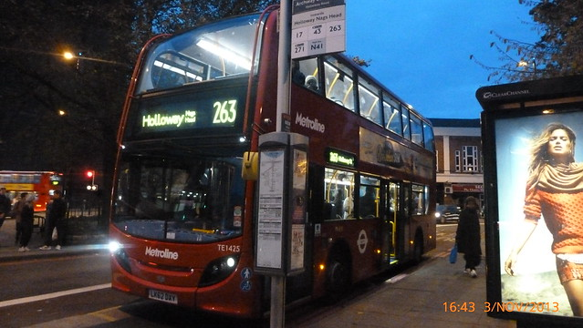 P1180368 TE1425 LK62 DXY at Archway Station Holloway Road Archway London