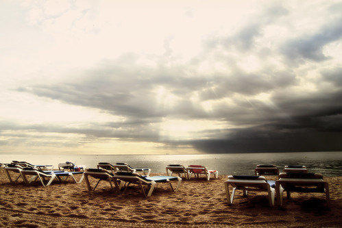 Lloret stand by | by melibeo