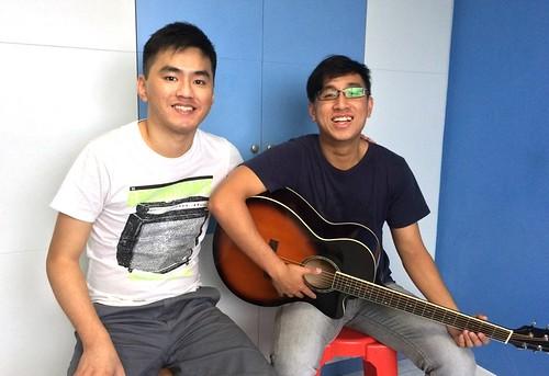 1 to 1 guitar lessons Singapore Sam