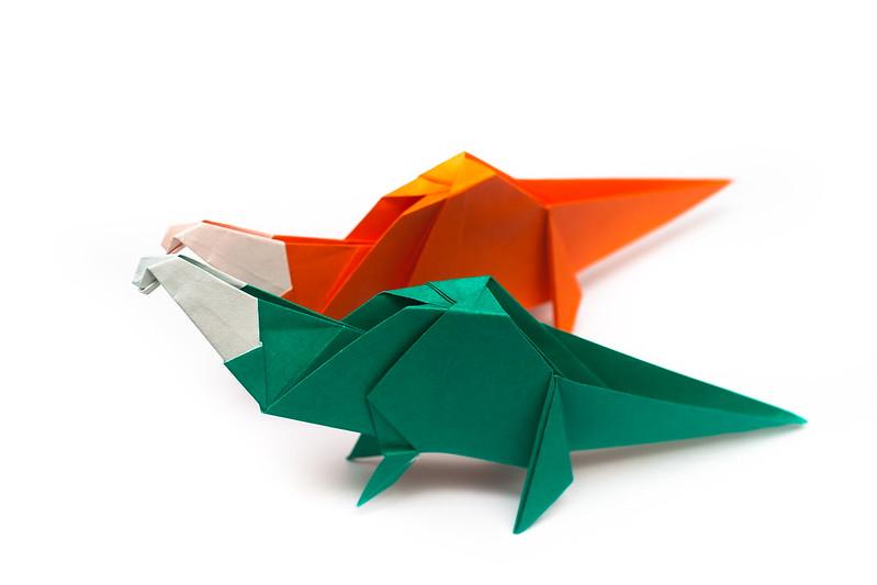 การพับกระดาษเป็นรูปไดโนเสาร์ (Origami Dinosaur)