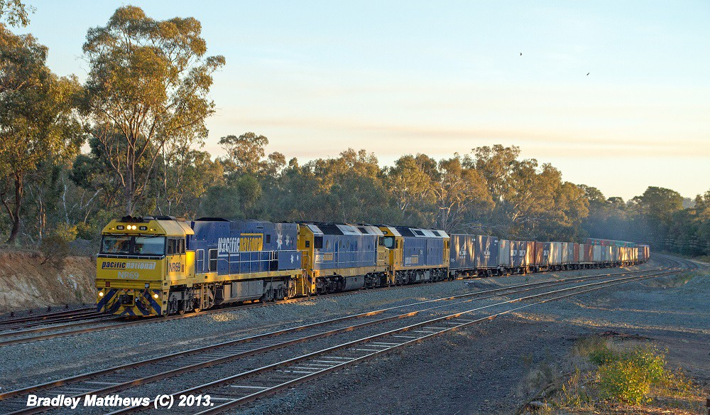 NR69-DL50-G536 on 5MC2 to Griffith at Broadford (9/5/2013) by Bradley Matthews
