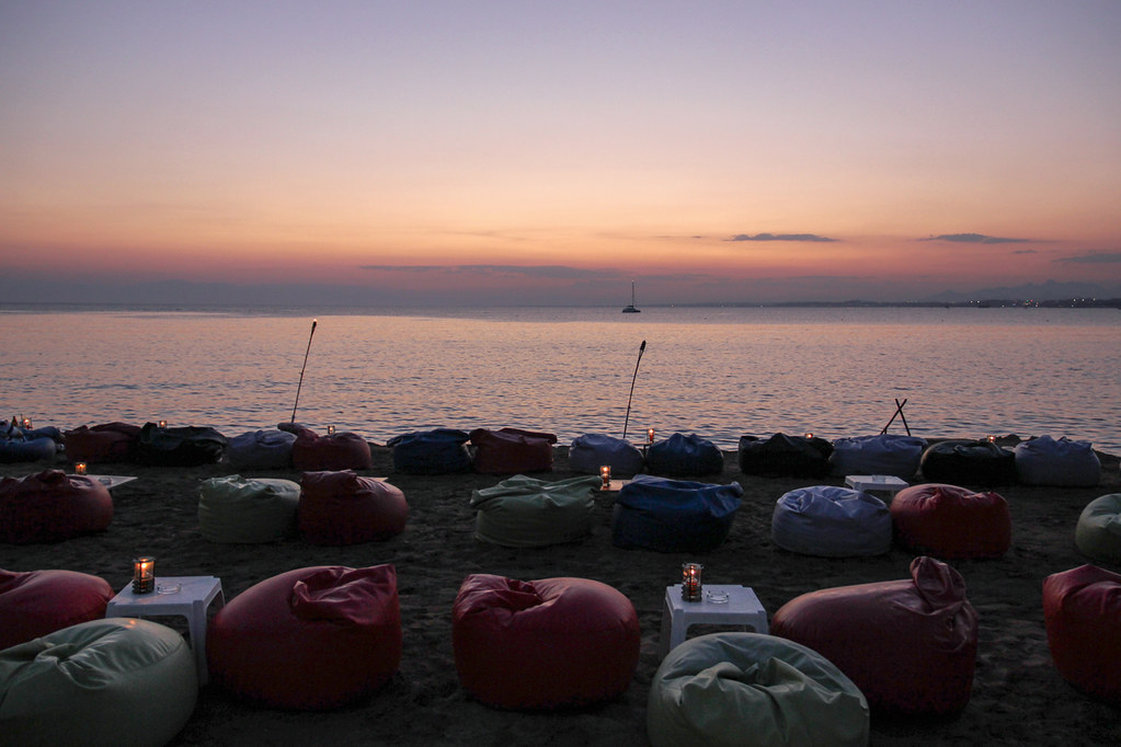 Marvelous Side Beach Sunset With Bean Bag Chairs Romeodesign Flickr Alphanode Cool Chair Designs And Ideas Alphanodeonline