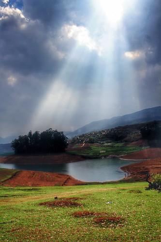 travel family india beautiful landscapes amazing roadtrip magnificent ooty emeraldlake 2014 avalanchelake weekendtrips emeralddam 2000kms