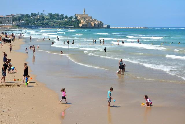 Tel Avi beach / View from Homat HaYam Promenade-