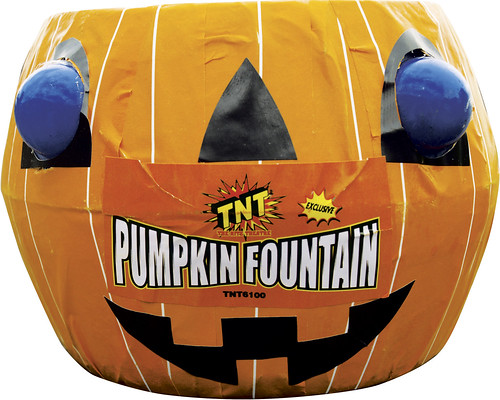Pumpkin Fountain by #TNTfireworks