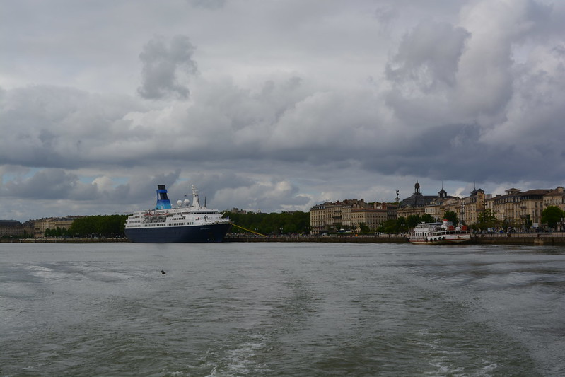 Accostage du paquebot MS QUEST FOR ADVENTURE - Saga Cruises - Bordeaux - 11 mai 2013