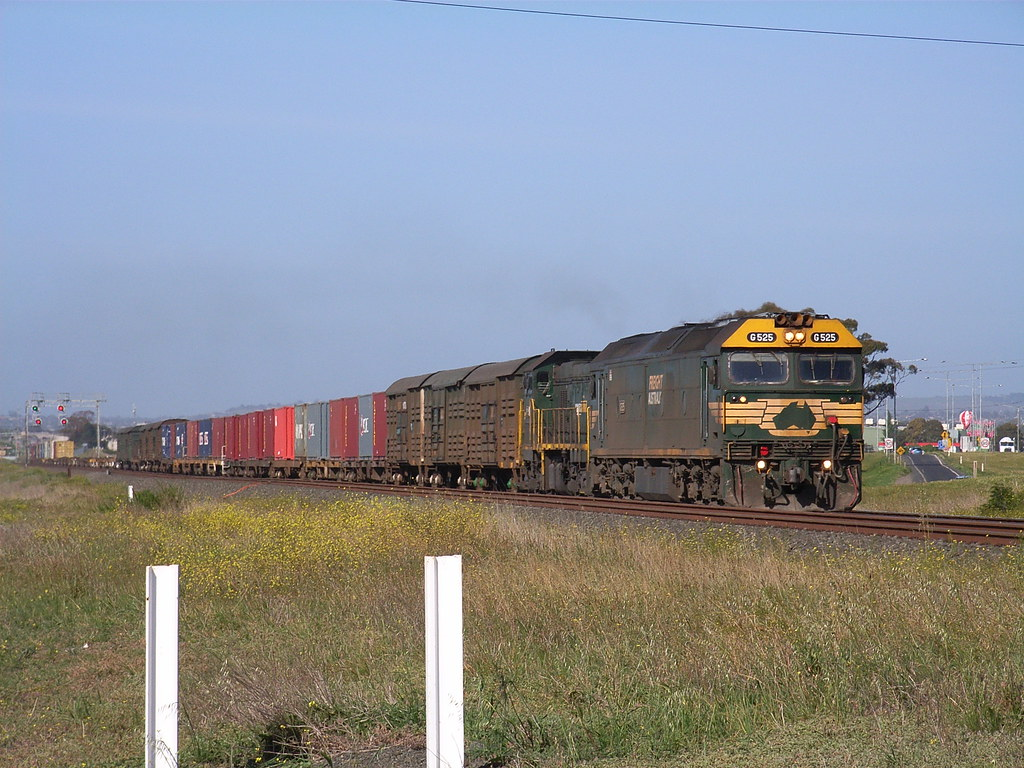 G525 and P19 on 9140 powering up grade out of Corio by bukk05