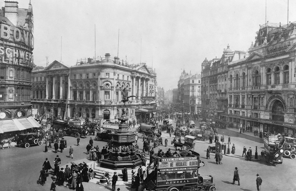 Piccadilly Circus. London, England 1900-1920. Today, Picca… | Flickr
