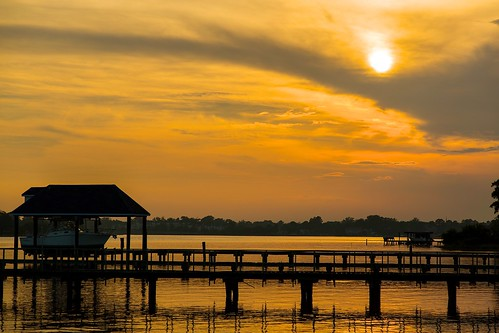 sunset red sky orange sun water virginia norfolk boathouse lafayetteriver