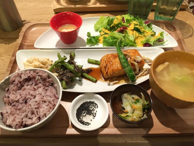 鮭魚排蜂蜜生薑燒, 御盤de食堂, おぼんdeごはん, 微風松高, 台北