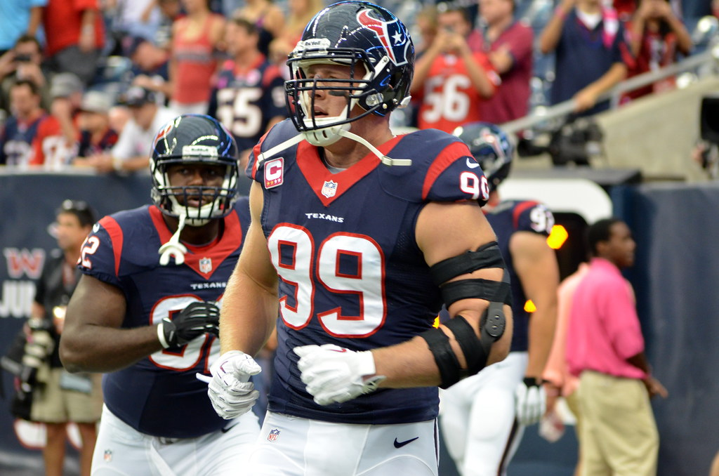 JJ Watt | Sideline views before the Rams vs. Texans game 13 … | Flickr