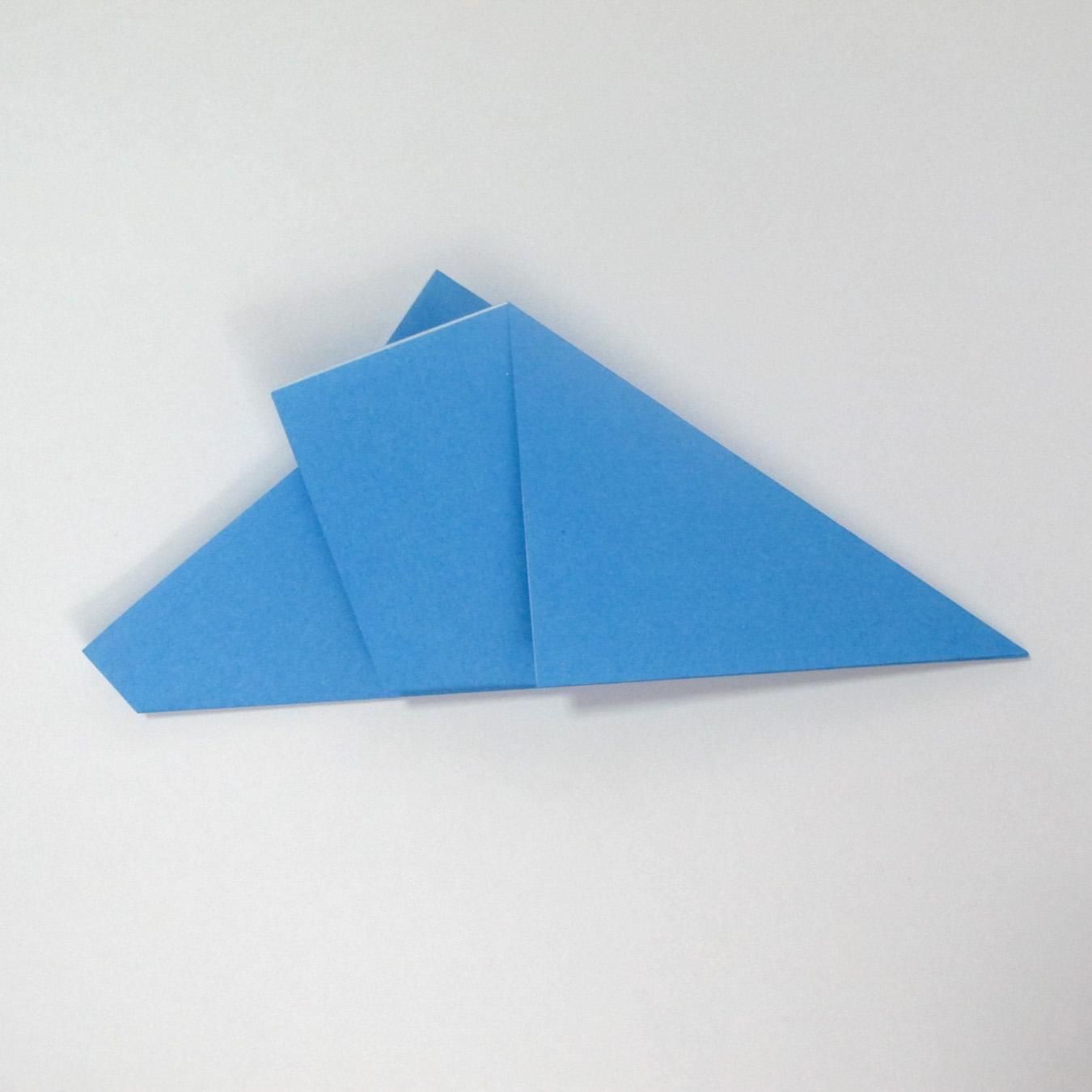 วิธีการตัดกระดาษเป็นห้าเหลี่ยมจากกระดาษสี่เหลี่ยมจตุรัส 004