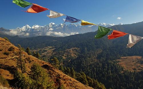 nepal mountains trek montains ebc amadablam